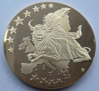 Medaile s motivem sjednocení Evropy + 100 Euro bankovky