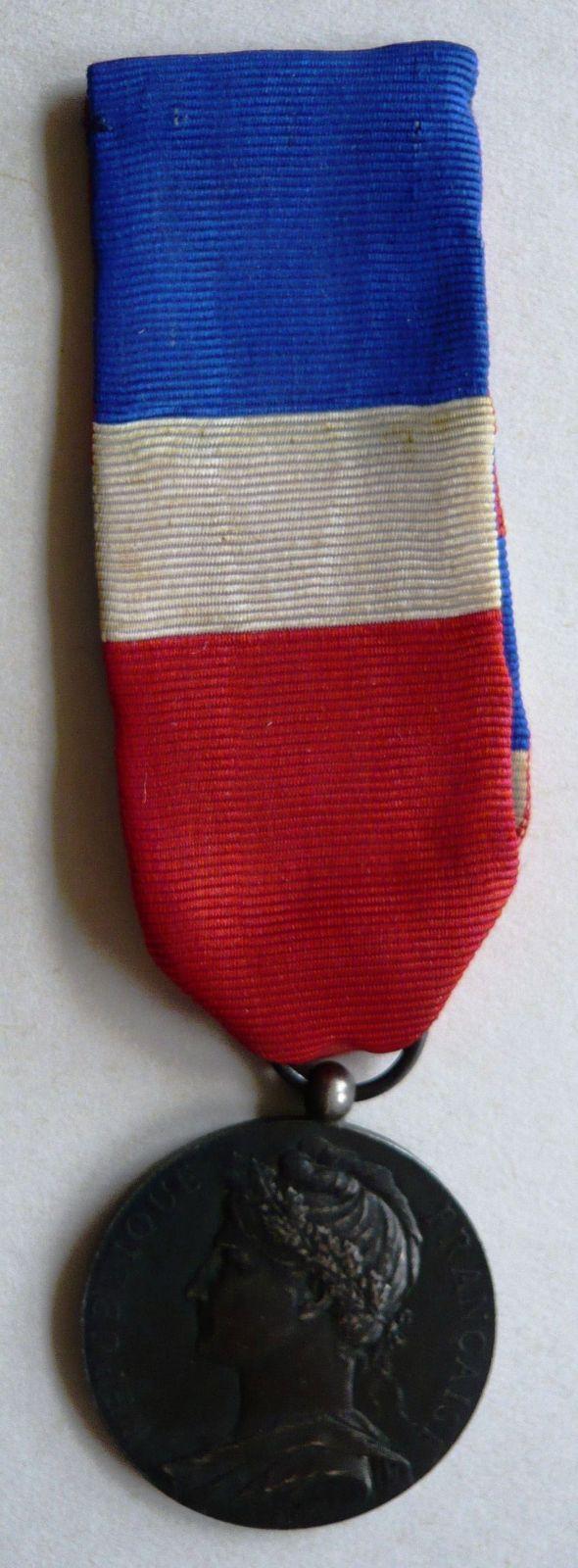 Francie záslužná medaile min.obchodu 1927