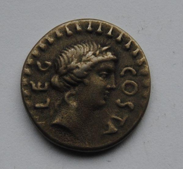Řím - republika, Denár, Brutus 85-42 př.n.l. - KOPIE
