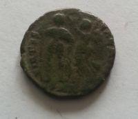 AE-3, stojící panovník, Honorius, 393-23, Řím