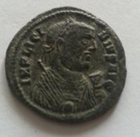 AE-3, táborová brána, Licinius I. 308-24, Řím-císařství