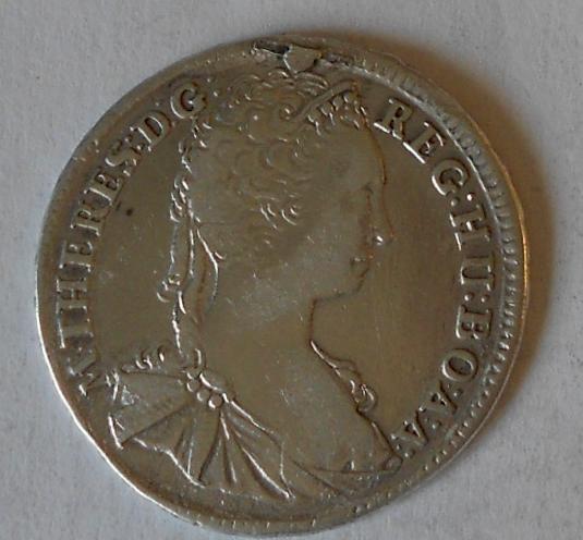 Uhry – KB XV. Krejcar 1744 Marie Terezie měl ouško