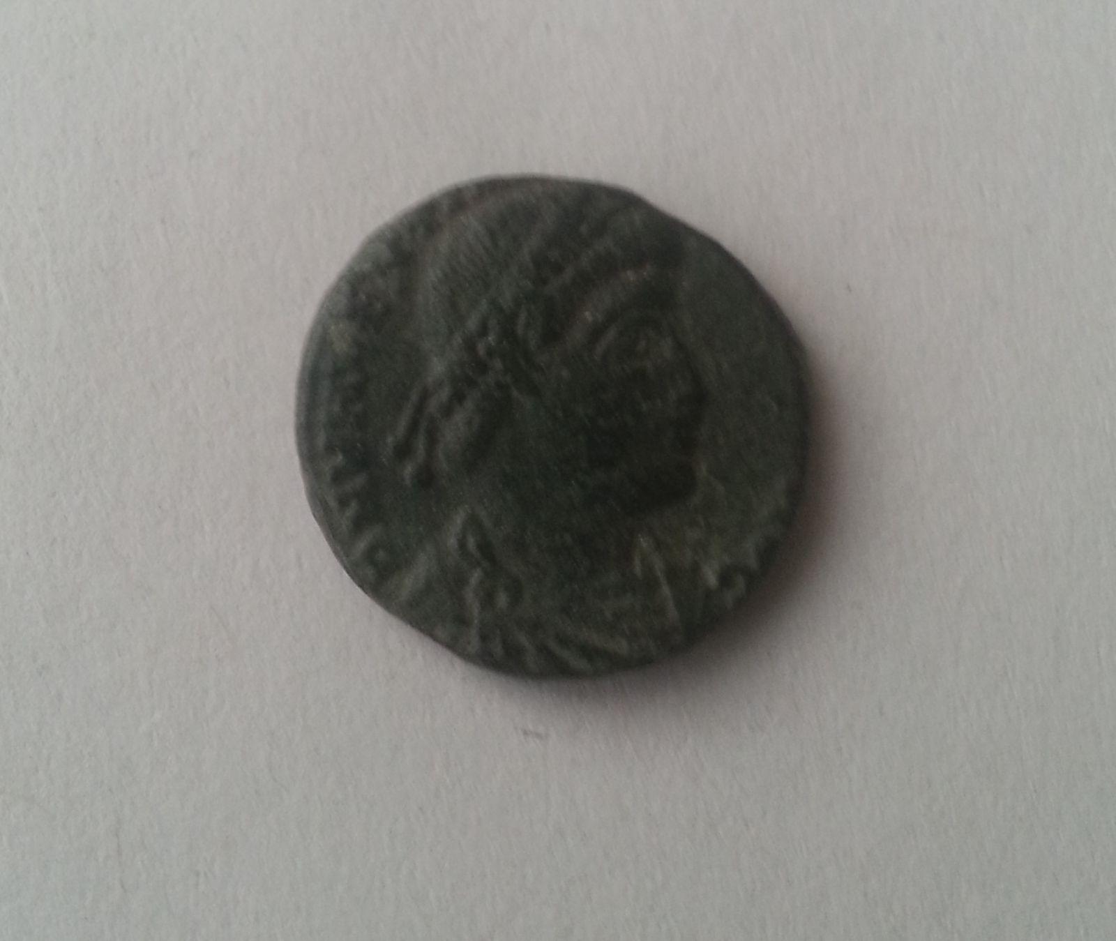 AE-3, Valens, stojící Viktorie, mincovna Siscia, 364-78, Řím-císařství
