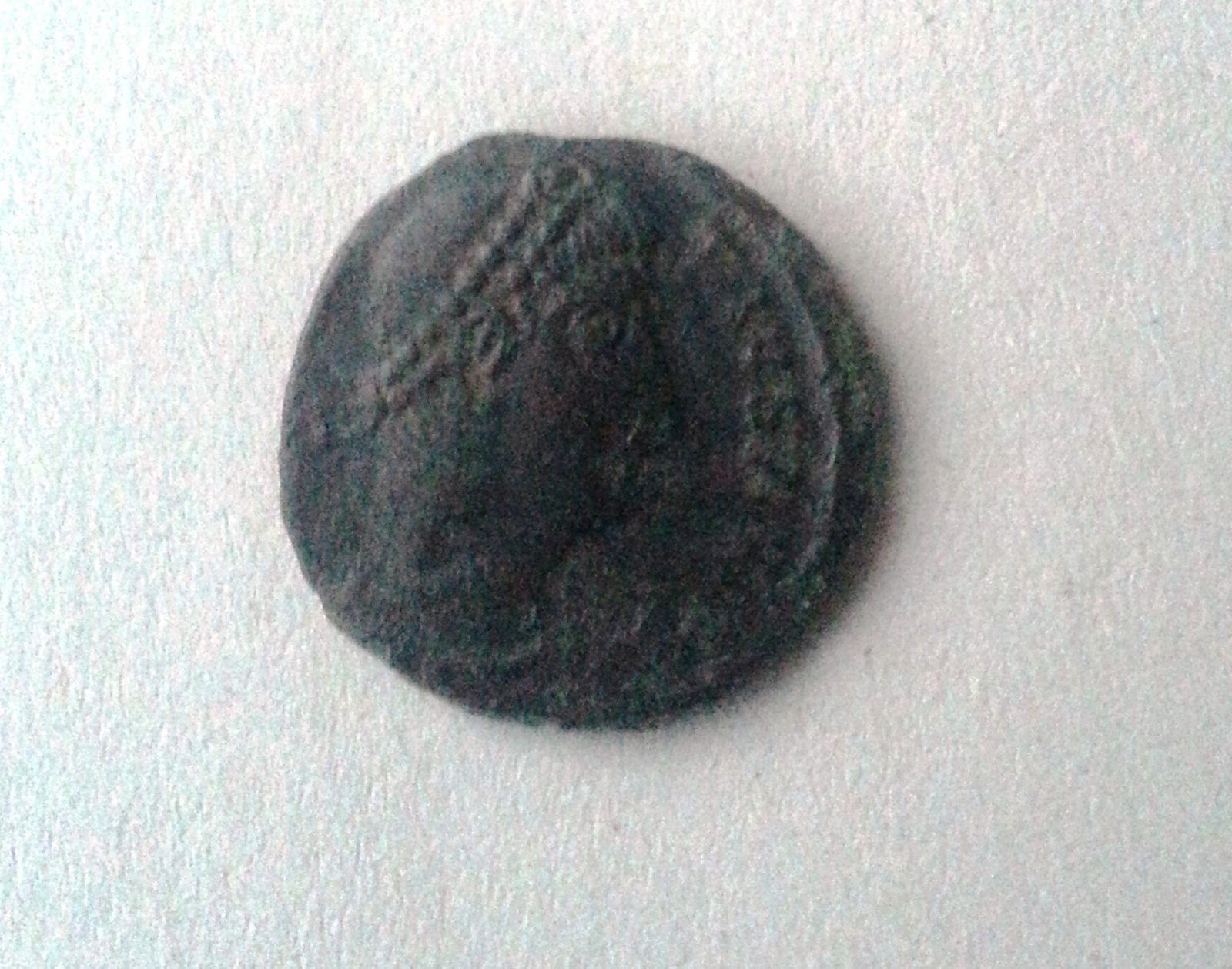 AE-4, dva vojáci jedna standarta, Constantinus II. jako Augustus, 337-61, S:3898, Řím-císařství