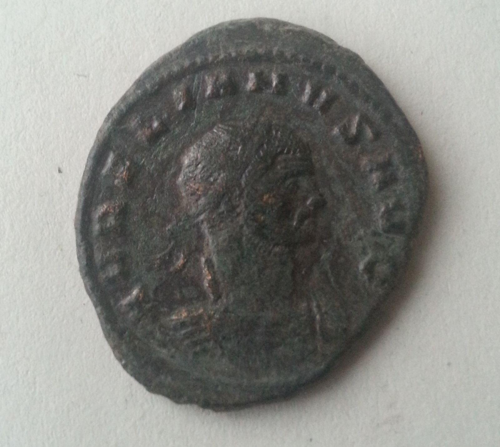 AE-Antoninián, Sol s globem, Aurelianus, 270-75, S:11565, Řím-císařství
