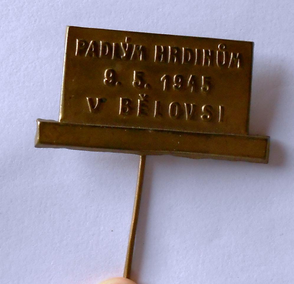 ČSR Padlým v Bělovsi 1945