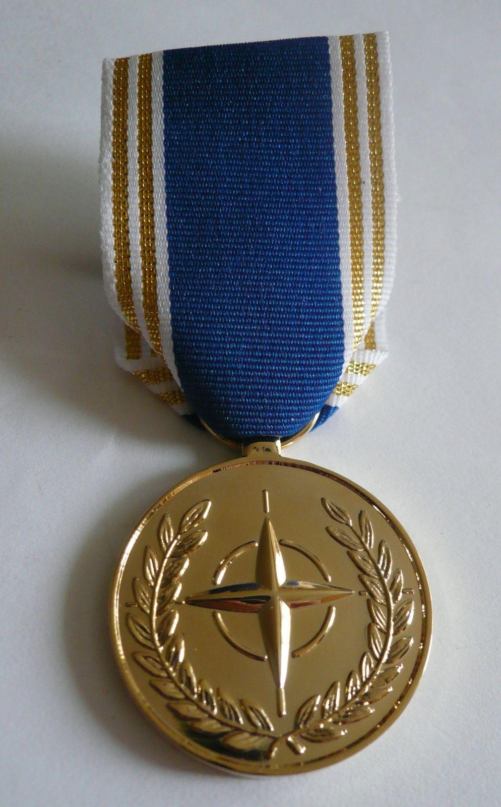 záslužná medaile zlatý stupeň, NATO