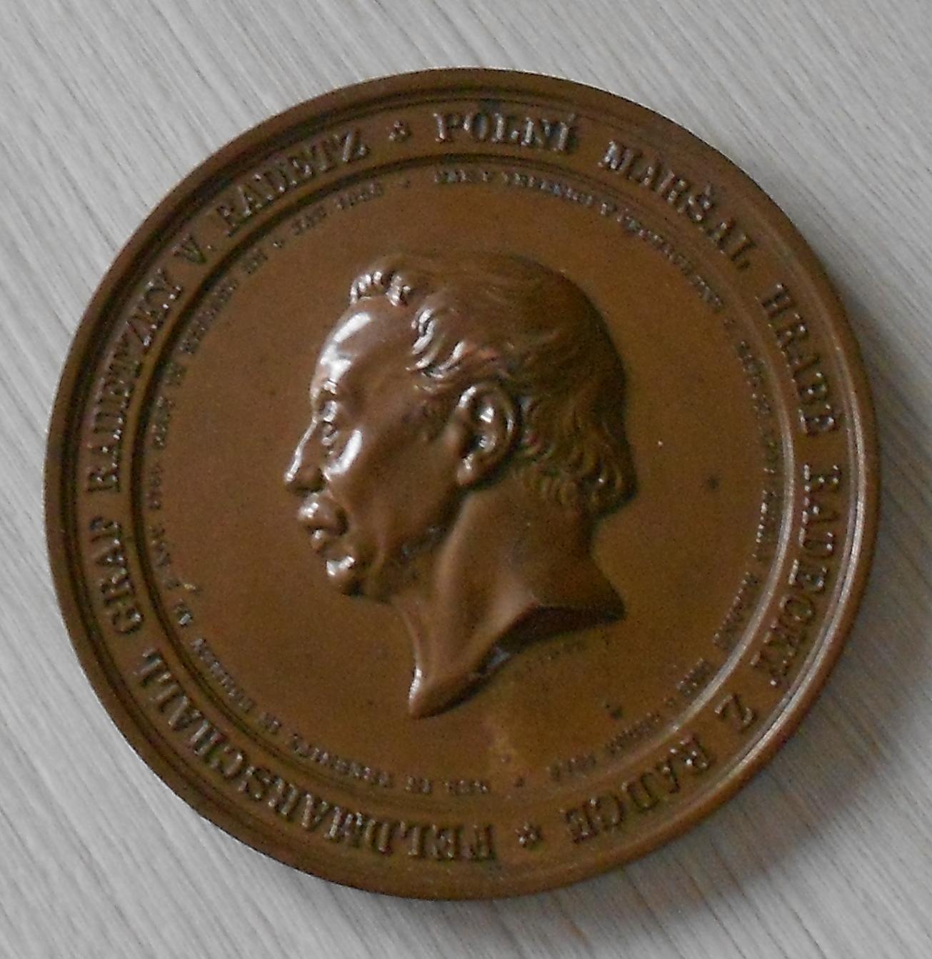 Čechy Pomník maršálu Radeckému v Praze, průměr 80 mm