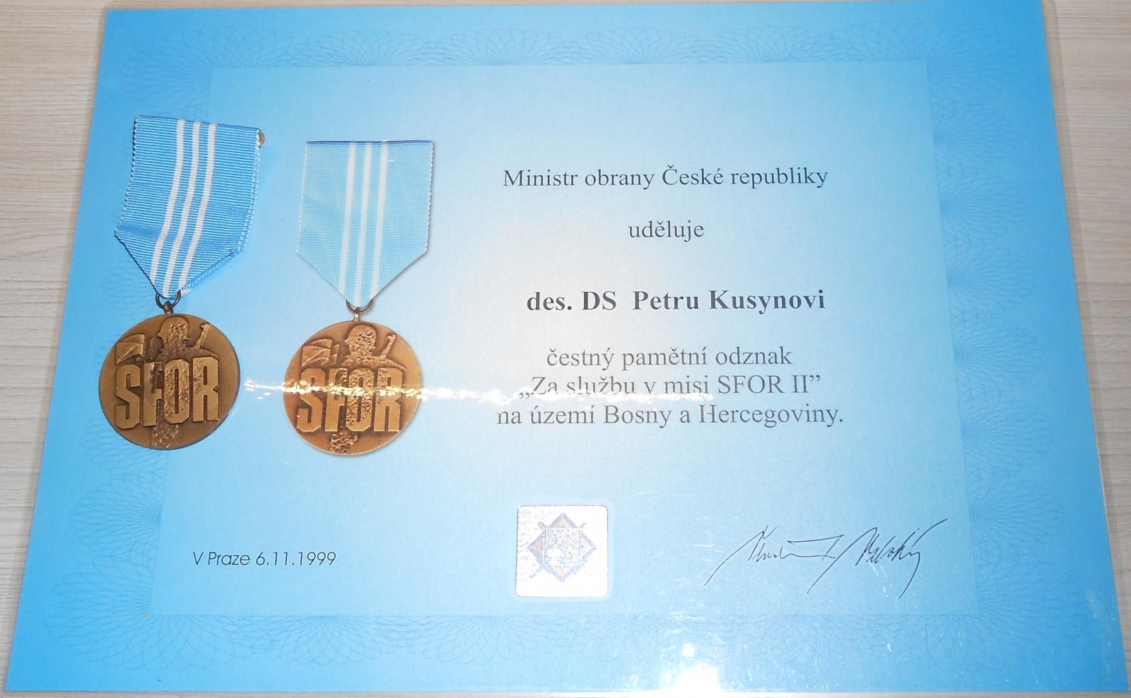 ČR – SFOR – vyznamenání + dekret