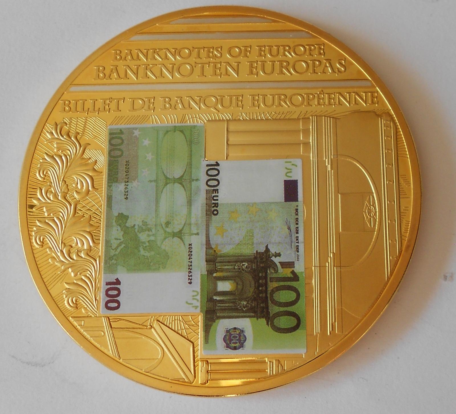 Evropské bankovky 100 Euro , průměr 70 mm