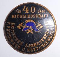 Německo Hasiči za 40 let služby