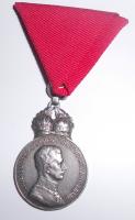 Rakousko Signum laudis Karel Ag s korunou