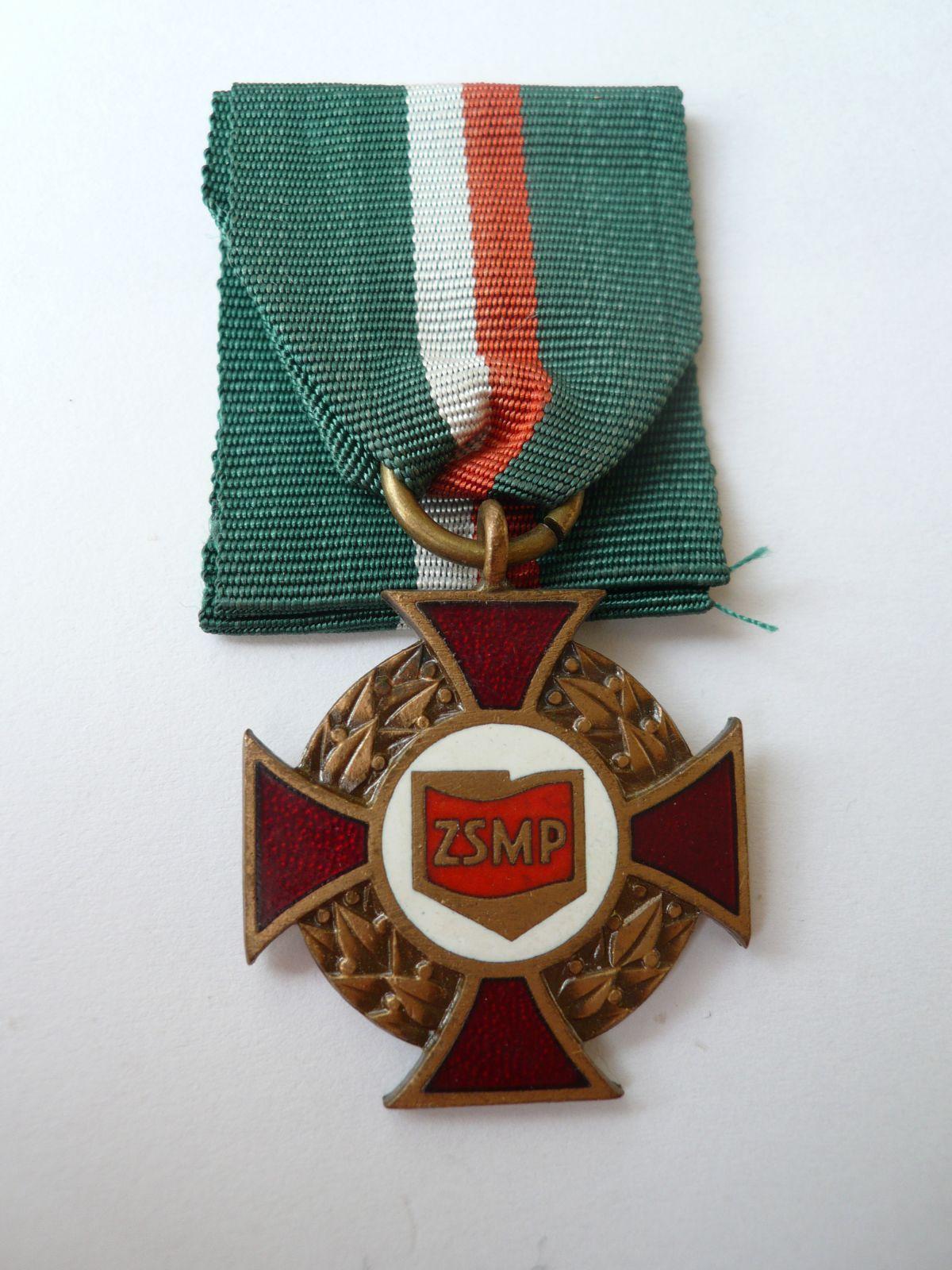 kříž ZSMP, Polsko