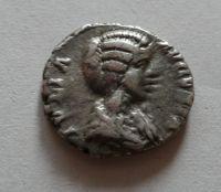 Denár, Juliu Domm, Řím-císařství, Diana a Lucifer, +217