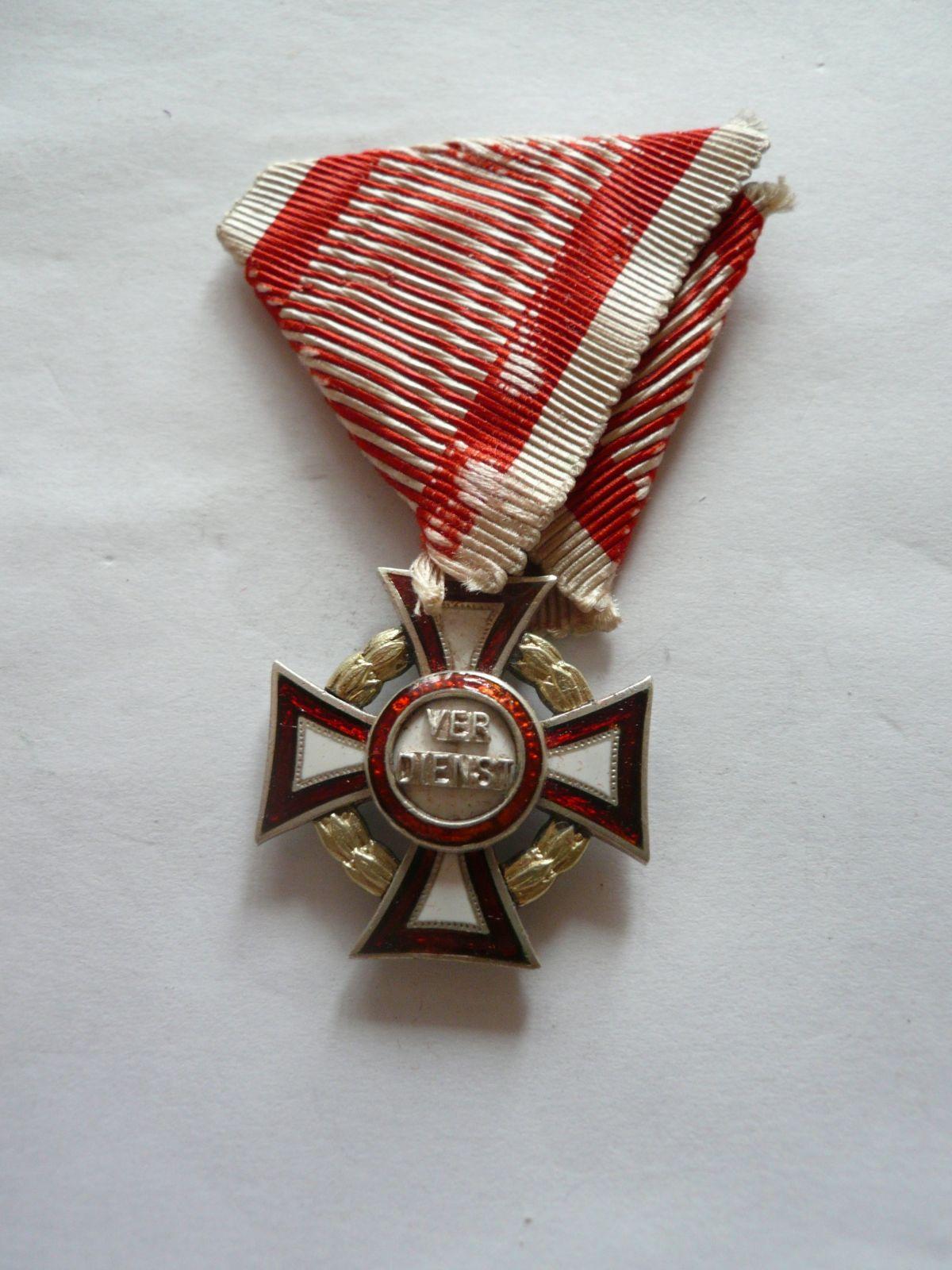 Kříž Verdienste, původní stuha Rakousko