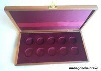 Dřevěná etue k uložení 10ks mincí 2500Kč (KPTD 2006-2010)