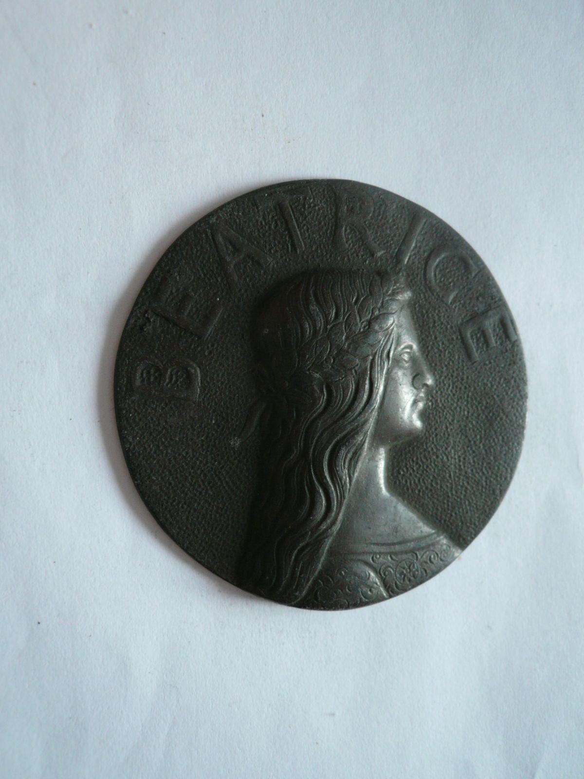 Beatrice litá plaketa, Itálie