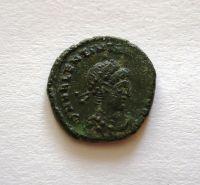 AE.4, Vaentinianius II., Viktorie vlevo, 375.92, Řím-císařství