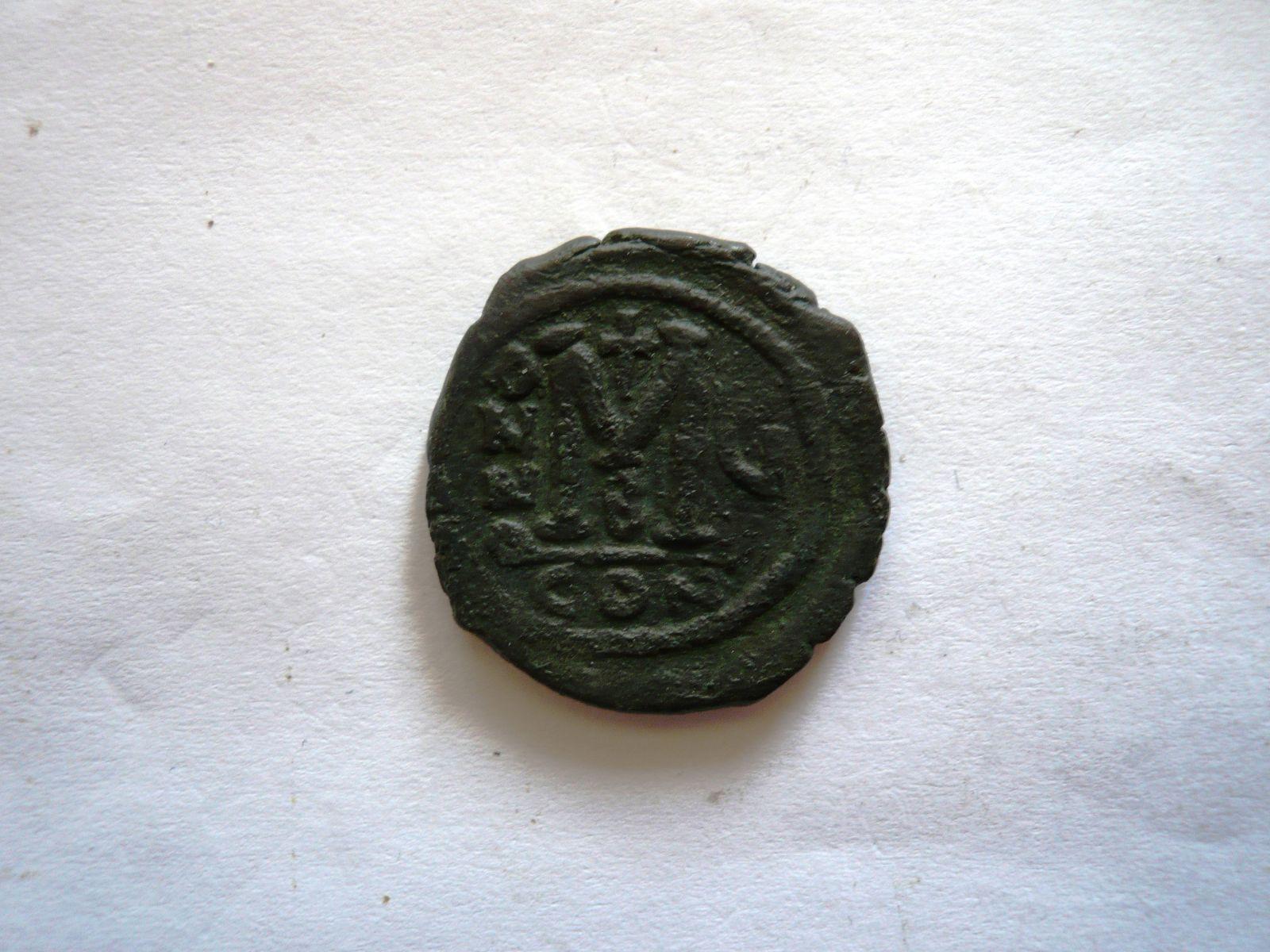 Follis rok 4, Justin II., 565-78, mincovna Constantinopolis, Byzanc